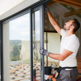 Quais os cuidados necessários na instalação e utilização de vidro temperado?