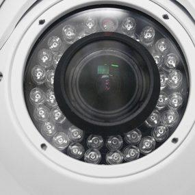 Quatro razões para você instalar uma câmera IP na sua residência