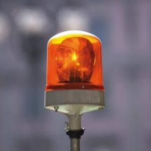 Iluminação de emergência: entenda o que é e para que serve