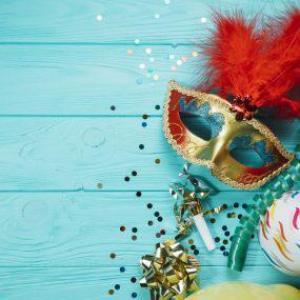 Três formas de aproveitar o Carnaval sem precisar sair do conforto